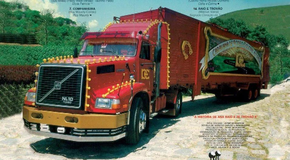 Caminhão da Caravana da Dolores Estrada