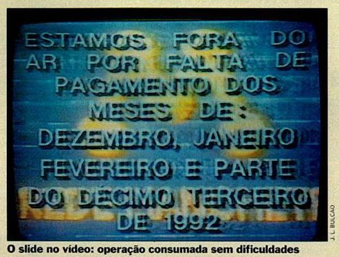 Slide exibido por grevistas apos invasao da Manchete - SP